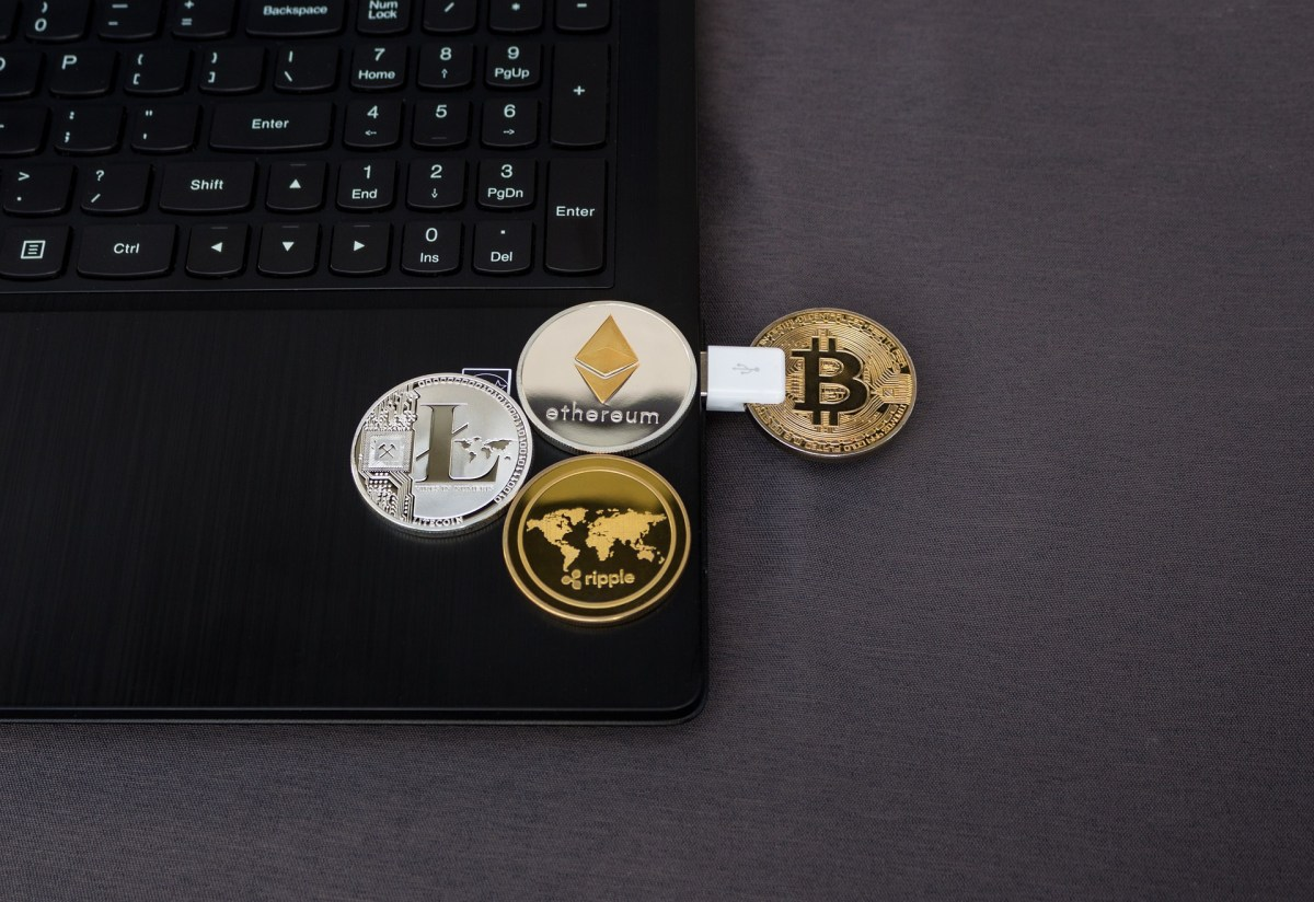 5 Things You Should Know About These Altcoins Before You Invest