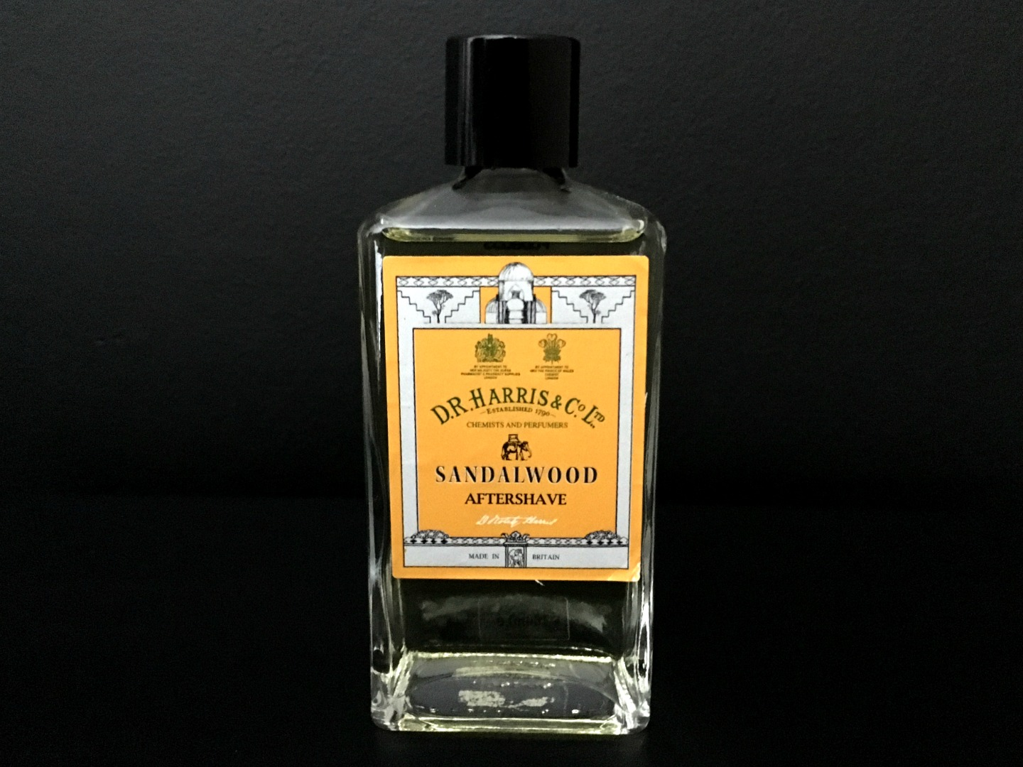 D.R. Harris Sandalwood Aftershave