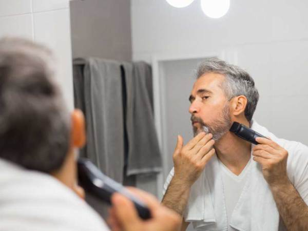 Best Electric Razors for Elderly Men