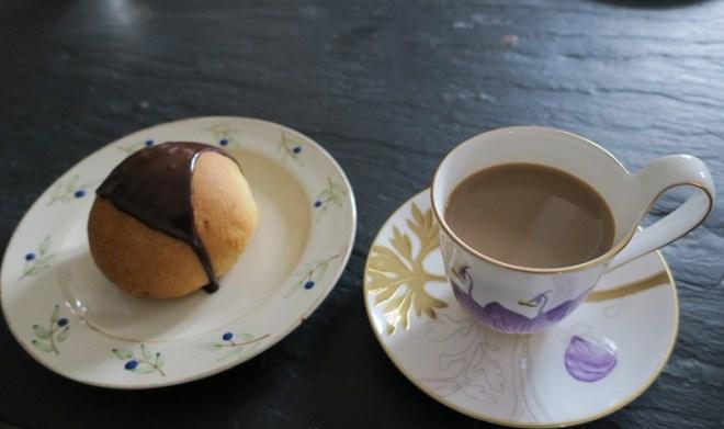 Fastelavnsboller og kaffe