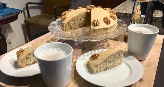 Valknøddekage er godt til en god kop kaffe
