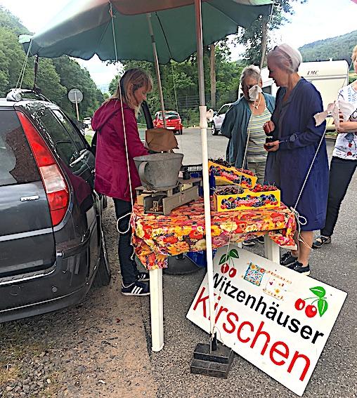 Kirsebærruten uden om Kasselbakkerne byder på ... ja: Kirsebær