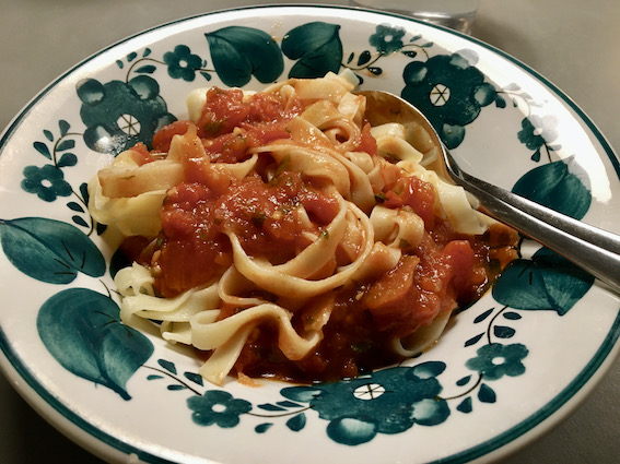 Tomatsovs til pasta
