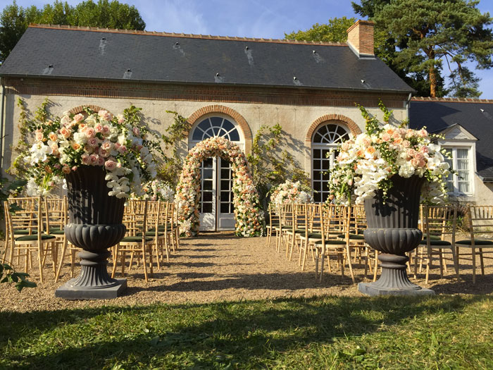 karen-tran-fleurs-luxe-master-class-americain-fleuriste-reflets-fleurs-ceremonie-laique-paris-france-fleurs-haut-de-gamme-prestige