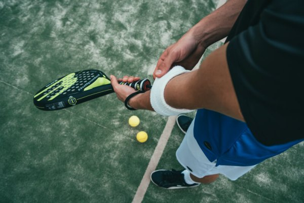 best tennis elbow treatment in reading berkshire