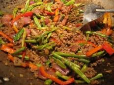 Evitez les plats epices pour ne pas souffrir de reflux gastrique pendant la grossesse