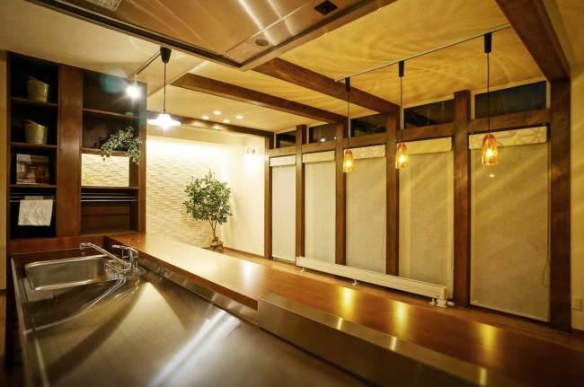 広い対面キッチンは会話が絶えない楽しい空間に