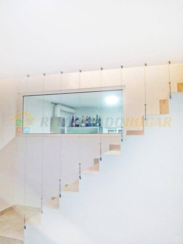 Escaleras vista lateral