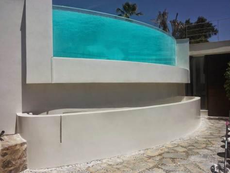 fachada exterior con microcemento