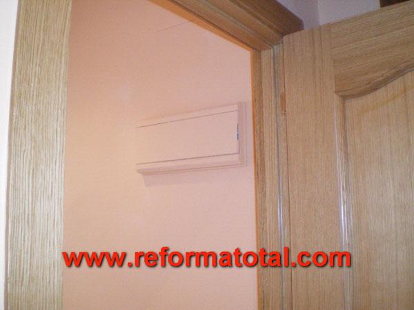 30 09 fotos puertas correderas reforma total en madrid - Pintura puertas madera ...
