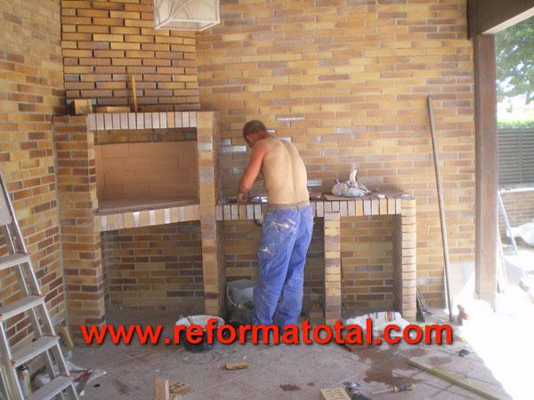046 08 imagenes construir barbacoa reforma total en - Barbacoa de obra precio ...