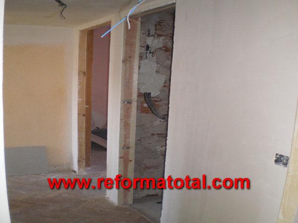 Reformas ba os y cocinas reforma total en madrid for Reforma total de un piso