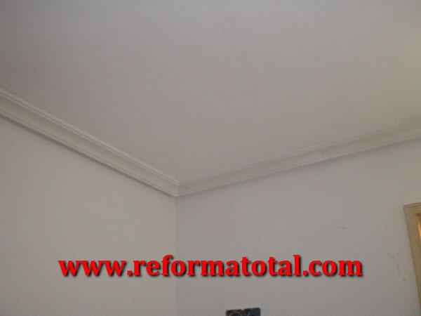 053 03 fotos techo escayola ba o reforma total en - Pintura techo bano ...