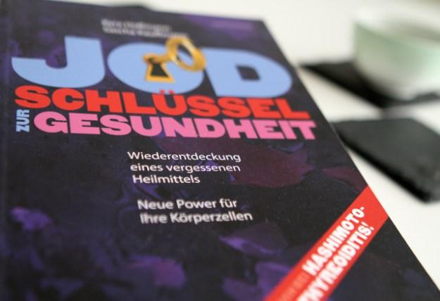 Erschienen 2015 bei systemed »Jod - Schlüssel zur Gesundheit« von Kyra Hoffmann und Sascha Kauffmann