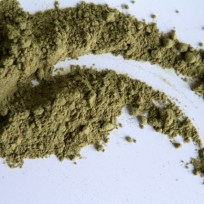 Matcha Pulver - wer es giftgrüner mag, besorgt sich speziellen Koch Matcha