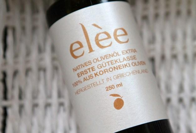 Elèe stammt aus dem Peleponnes und wird zu 100 % aus Koroneiki Oliven gepresst