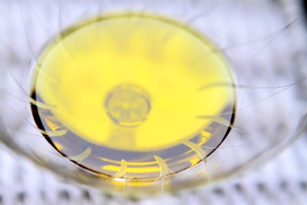 Ein echtes Olivenoel hat Bitterkeit, Schärfe und grasige oder fruchtige Nuancen