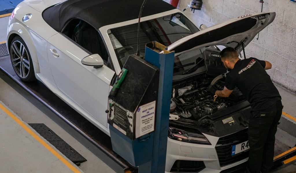 Audi-service-1