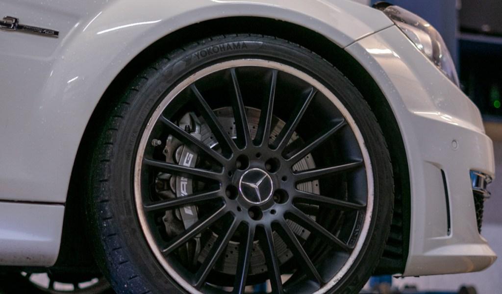Mercedes-service-7
