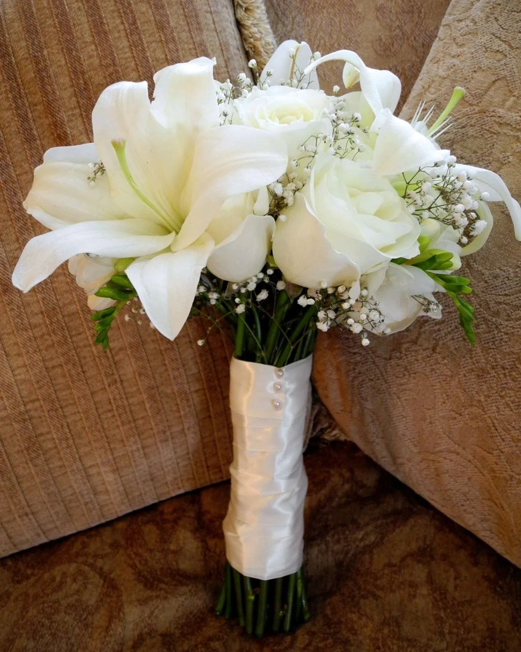 Bridal Bouquet 109 Roseswhite Red Pink Yellow Or Orange With