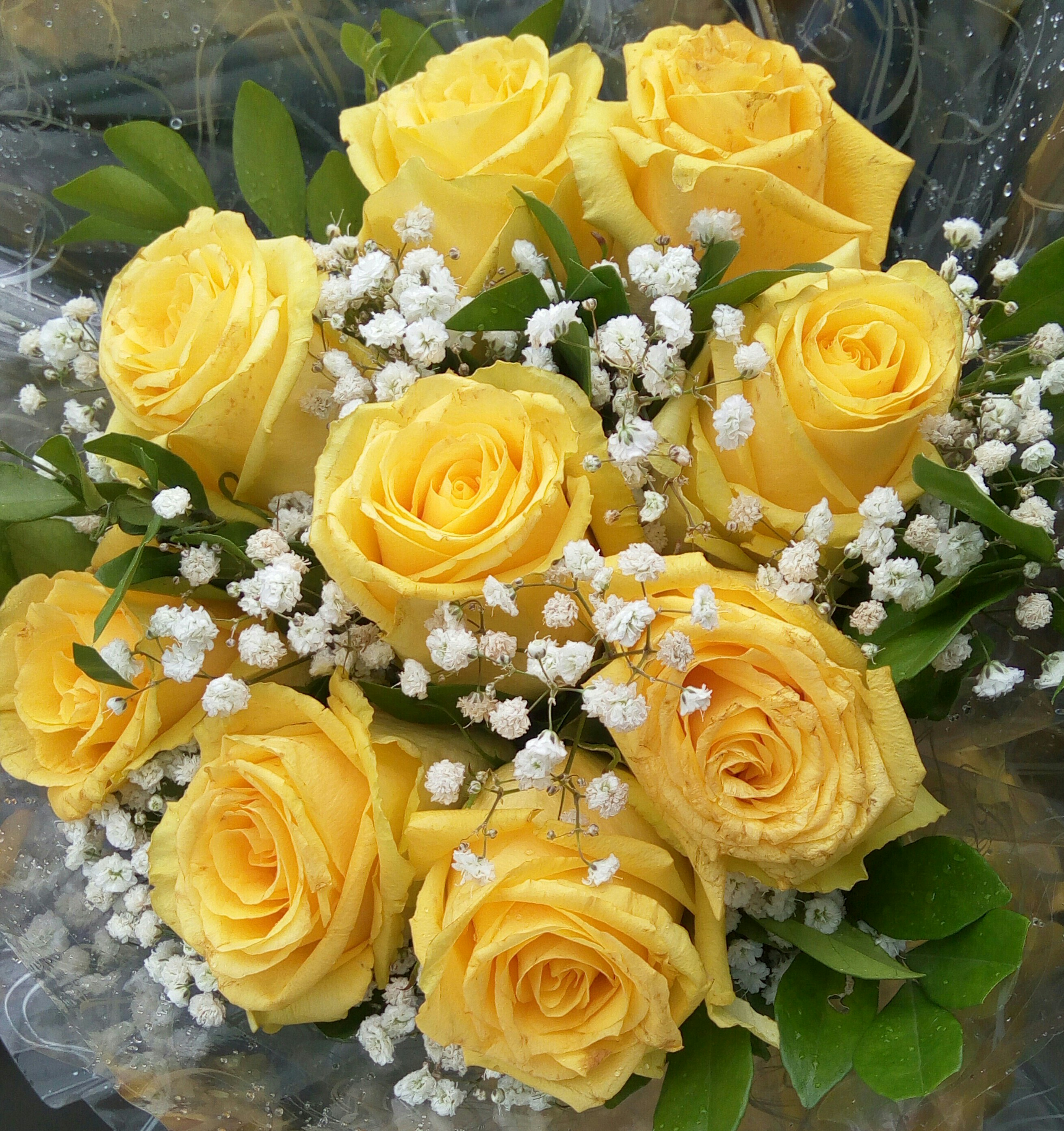 Bridal Bouquet 122 Yellow Sunrise Yellow Roses Million Star And