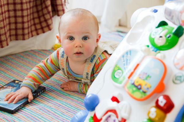 Giocattoli per bambini di 0-1-2-3 anni: giochi intelligenti per bambini