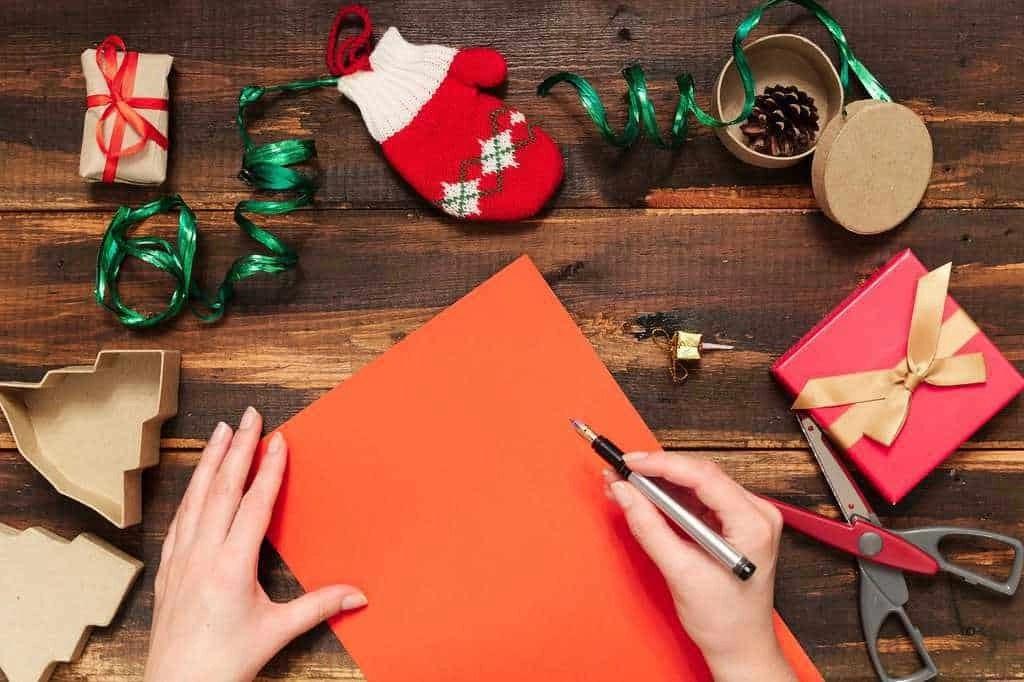 Il natale è alle porte e la corsa ai regali è già iniziata. Idee Regalo Di Natale Fai Da Te 20 Idee Regalo Originali Per Il 2020