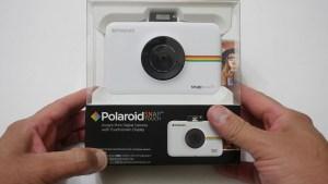 caja cámara instantánea polaroid snap touch