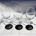 Copas de vino personalizadas con pintura de pizarra