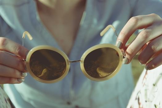 Elegir gafas de sol según tu carácter y estilo.