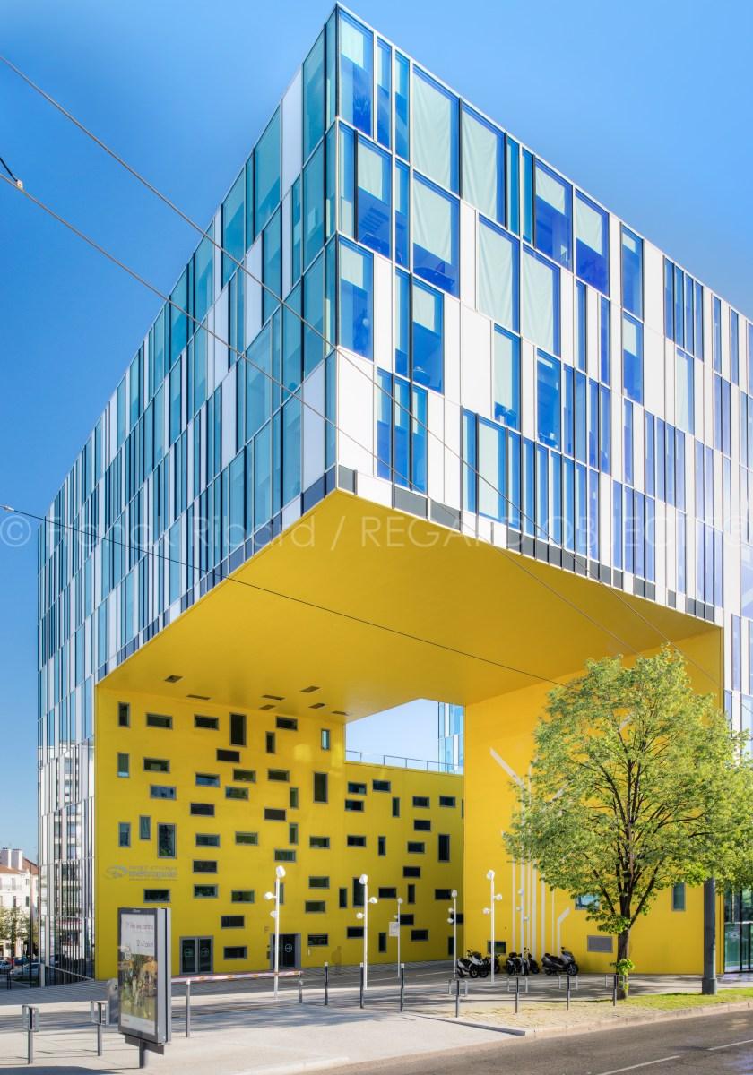 photographie de franck ribard - regard objectif - photographe architecture lyon - Cite Gruner