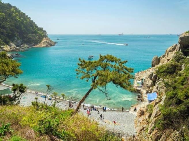 La plage d'Eurwangni en Corée du Sud