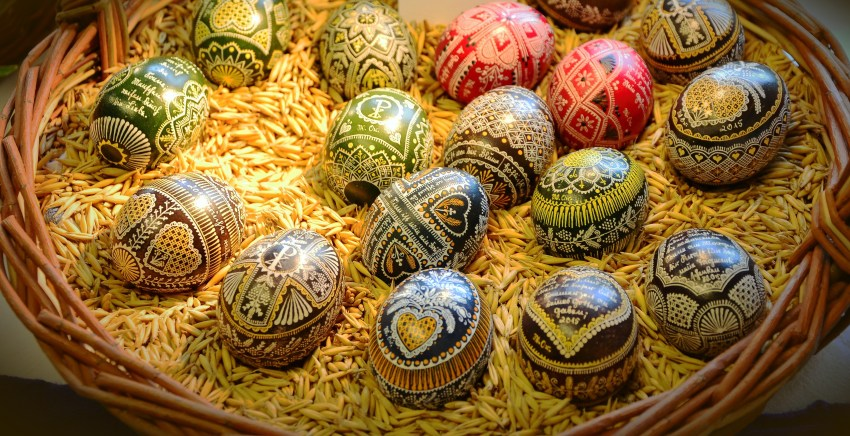 -absolutely_free_photos-original_photos-colorful-easter-eggs-4311x2212_29173