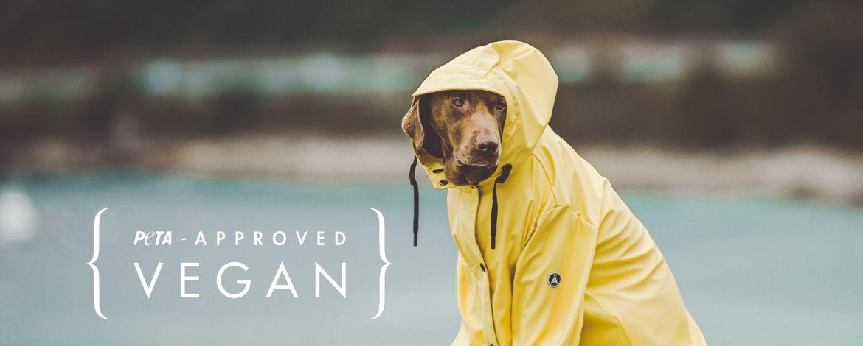 TANTÄ RAINWEAR:                                         VEGAN GECERTIFICEERD DOOR PETA