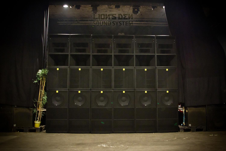 LION'S DEN sound system