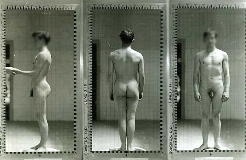 "Exemple d'une des photos de William Sheldon appartenant à la collection controversée ""Ivy league nude posture photos"""