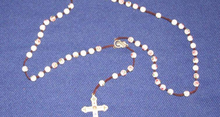 il rosario è un mezzo di salvezza