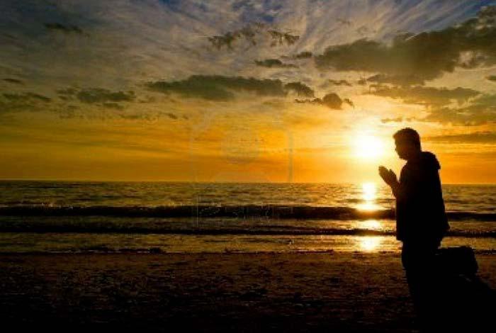la preghiera aiuta a vivere