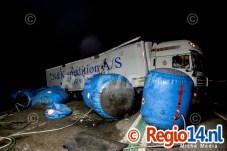 28mrt2015_Vrachtwagen op zijn kant N305 Zeewolde_0655
