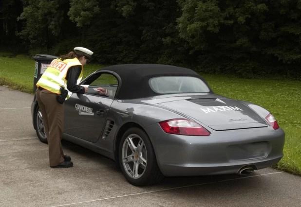 Polizei Fahrzeugkontrolle
