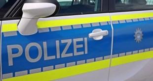 Polizei blauer Streifenwagen