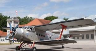 Flugwerft Oberschleißheim Deutsches Museum Rundflüge mit Antonow AN-2