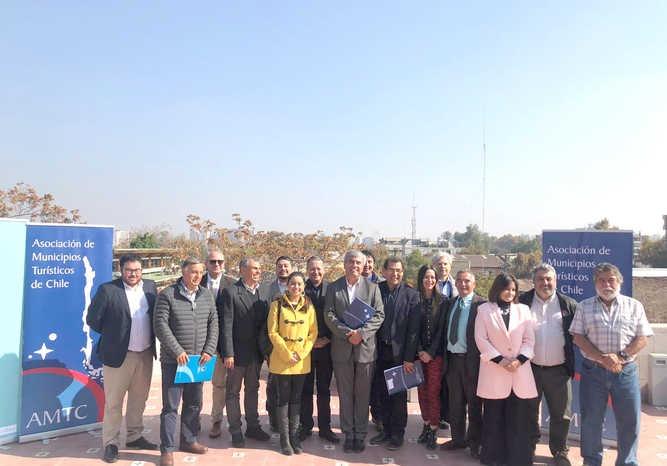 Municipios turísticos de Chile serán dirigidos por el alcalde de Vicuña