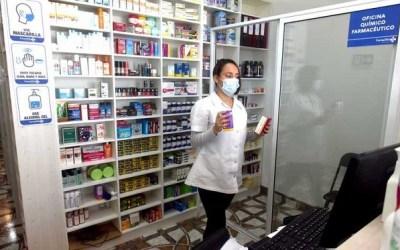 Primera farmacia en la Avenida del Mar