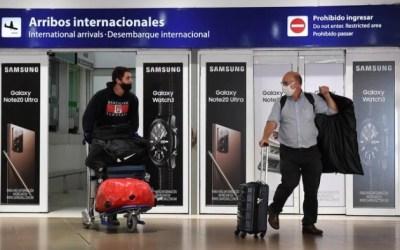 Desde octubre, los turistas chilenos no tendrán que hacer cuarentena en Argentina