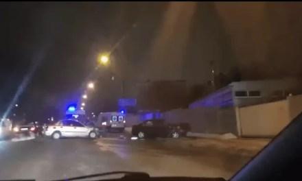 У спальному районі Запоріжжя ДТП, на місці 2 швидкі – відео