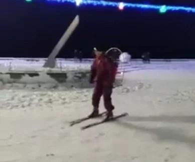 Відео дня: в курортному Бердянську з'явився власний Карлсон