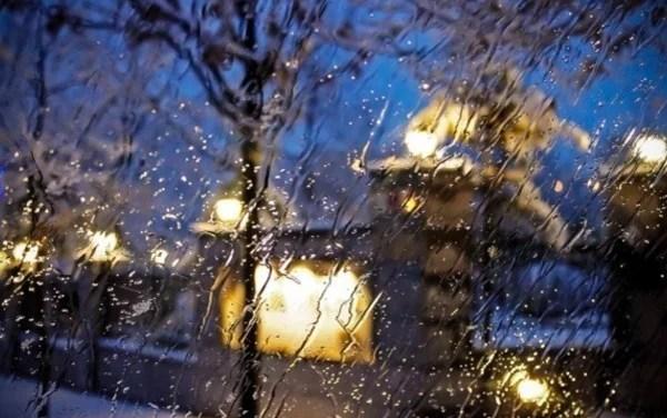 Запорізькі рятувальники повідомили про перший рівень небезпеки, через складні погодні умови