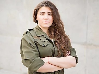 """""""Слуга народу"""" привела до ВР нового депутата, Коваленко, яка хотіла прострелити ногу Дубинському пішла"""