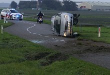 Photo of Auto over de kop op N9